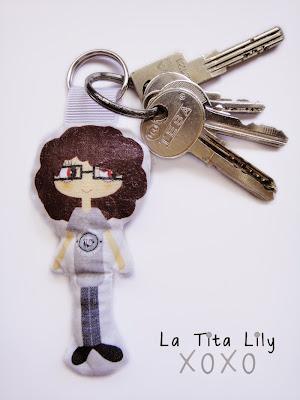 Llavero de la Tita Lily en uso.