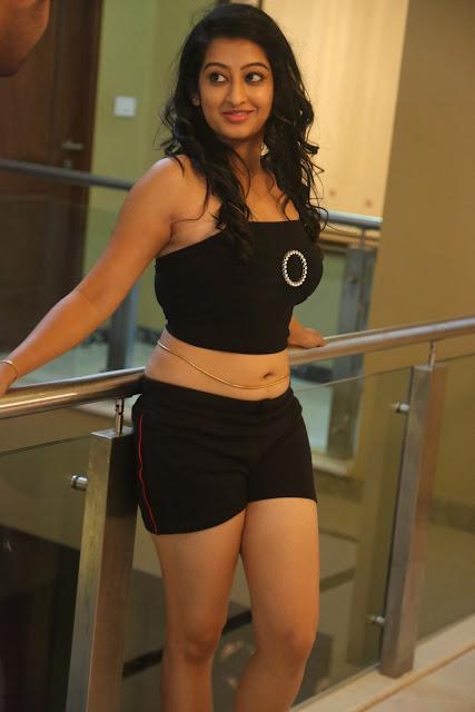 Tollywood Actress Tejaswini Hot Expose Pics Gallery