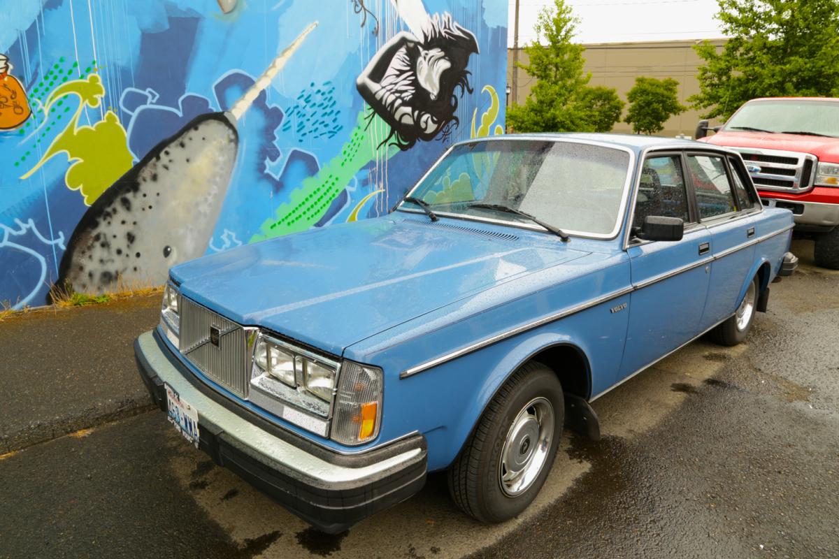 1985 Volvo 240 DL sedan.