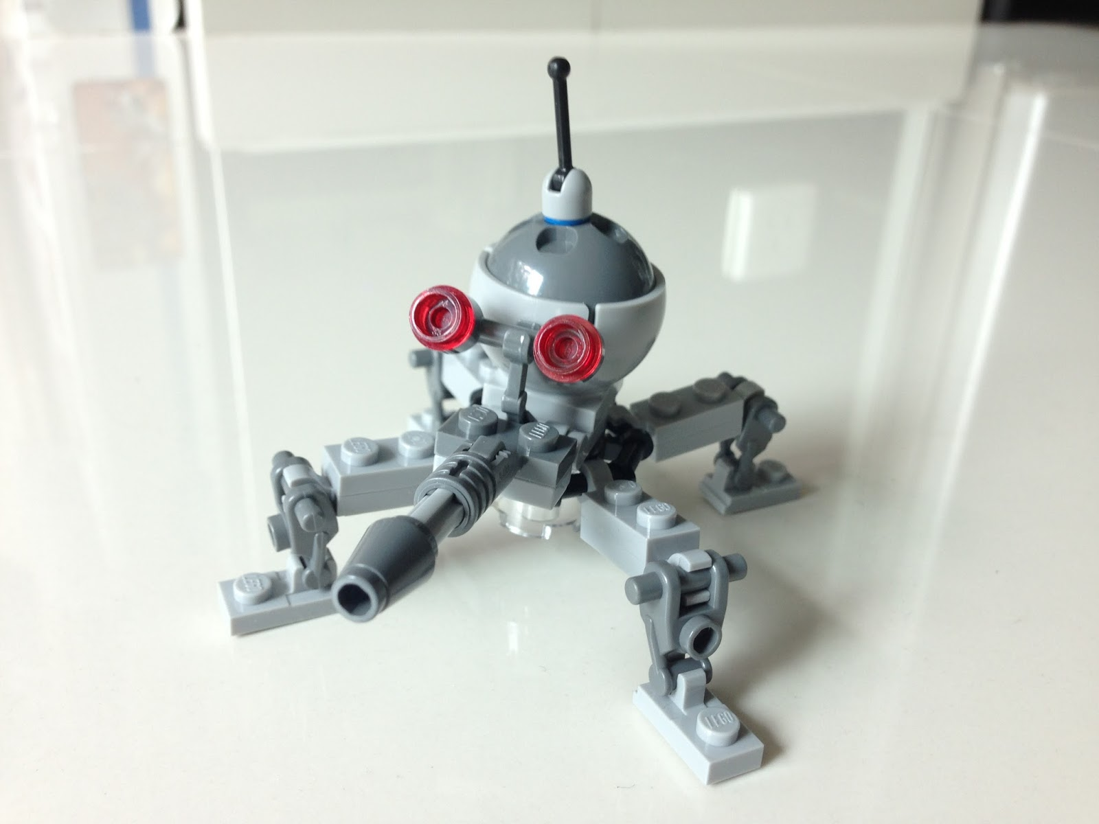 The Marriage Of Lego And Star Wars Review 75016 Homing Spider Droid