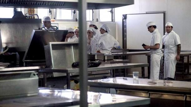 Comedores o comederos alta cocina o arte moderno for Escuela de cocina