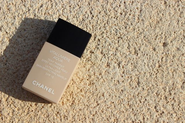chanel vitalumiere aqua review photos swatches lovely girlie bits best irish beauty blog. Black Bedroom Furniture Sets. Home Design Ideas