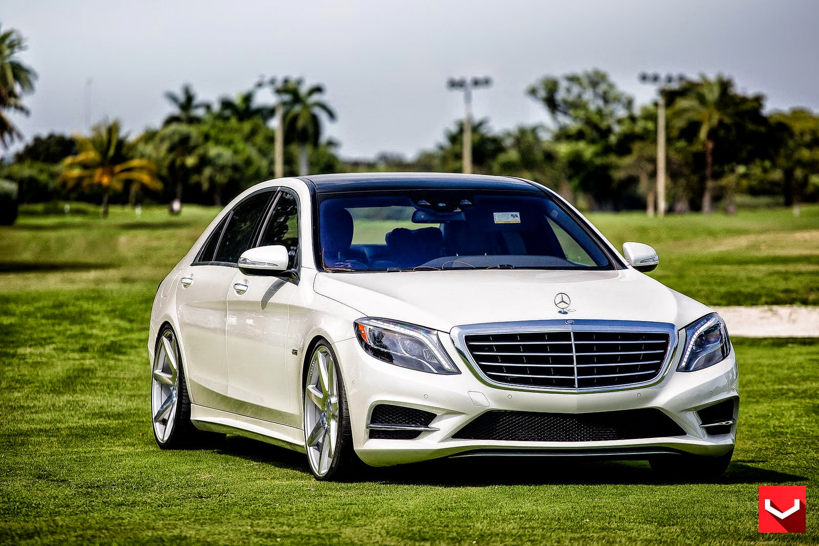 mercedes benz w222 s550 on vossen cv7 wheels benztuning. Black Bedroom Furniture Sets. Home Design Ideas