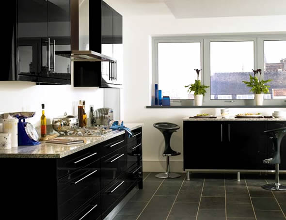 Como usar cores escuras em ambientes pequenos cores da casa for Kitchen ideas high gloss