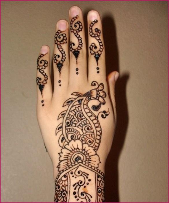 Group Mehndi Hands : Latest fashion bollywood fashoin style