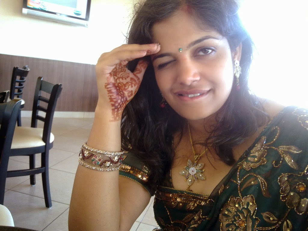 sexy face indian girls hot looking seductive sexy hot indian