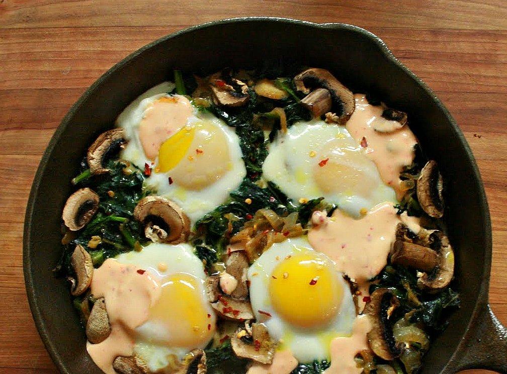 Grubarazzi: Green Egg Skillet Bake