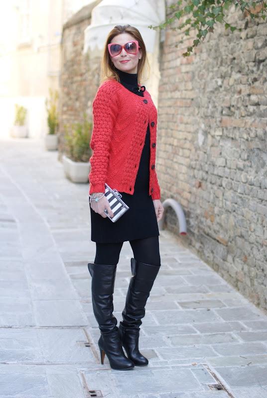 orange cardigan, cuissardes, Zara perspex clutch