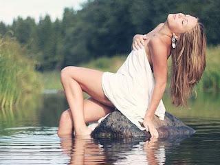 Adrienne Bailon Hot