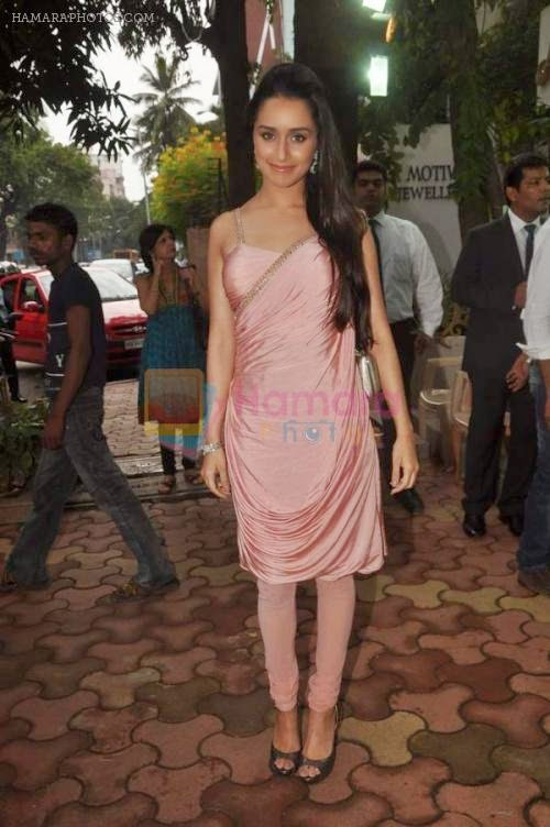 Shraddha Kapoor at Anmol jewelers promotional event in Bandra, Mumbai