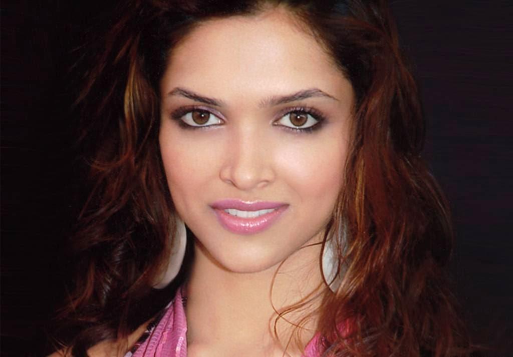 Deepika Padukone Hot Pcis collection Unseen rare Upskirt Hot HD pcis