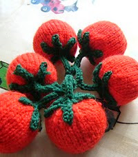http://www.ravelry.com/patterns/library/knitted-vine-tomatoes