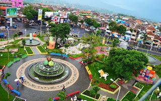 Alun-alun kota Batu, Travel Malang Madiun, Travel Madiun Malang