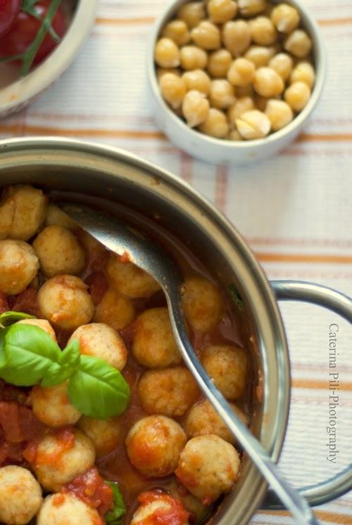 Gnocchi di ceci al pomodoro e basilico ,ricetta gluten free