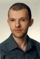 """""""Ale tak jak nie każdy powinien pisać powieści, tak nie każdy powinien prowadzić bloga o książkach"""" - wywiad z Rafałem Lewandowskim, autorem """"Niemej Trylogii"""""""