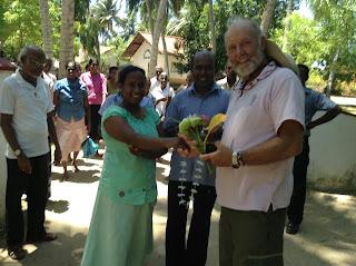 De MHEF heeft substantieel bijgedragen aan het tot stand komen van dit gebouw. Het dorpshuis gaat onder meer dienst doen als trouwlocatie en als leslocatie voor cursussen.