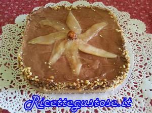 http://www.ricettegustose.it/Semifreddi_e_gelati_1_html/Cheesecake_al_cioccolato_con_pere_e_nocciole.html