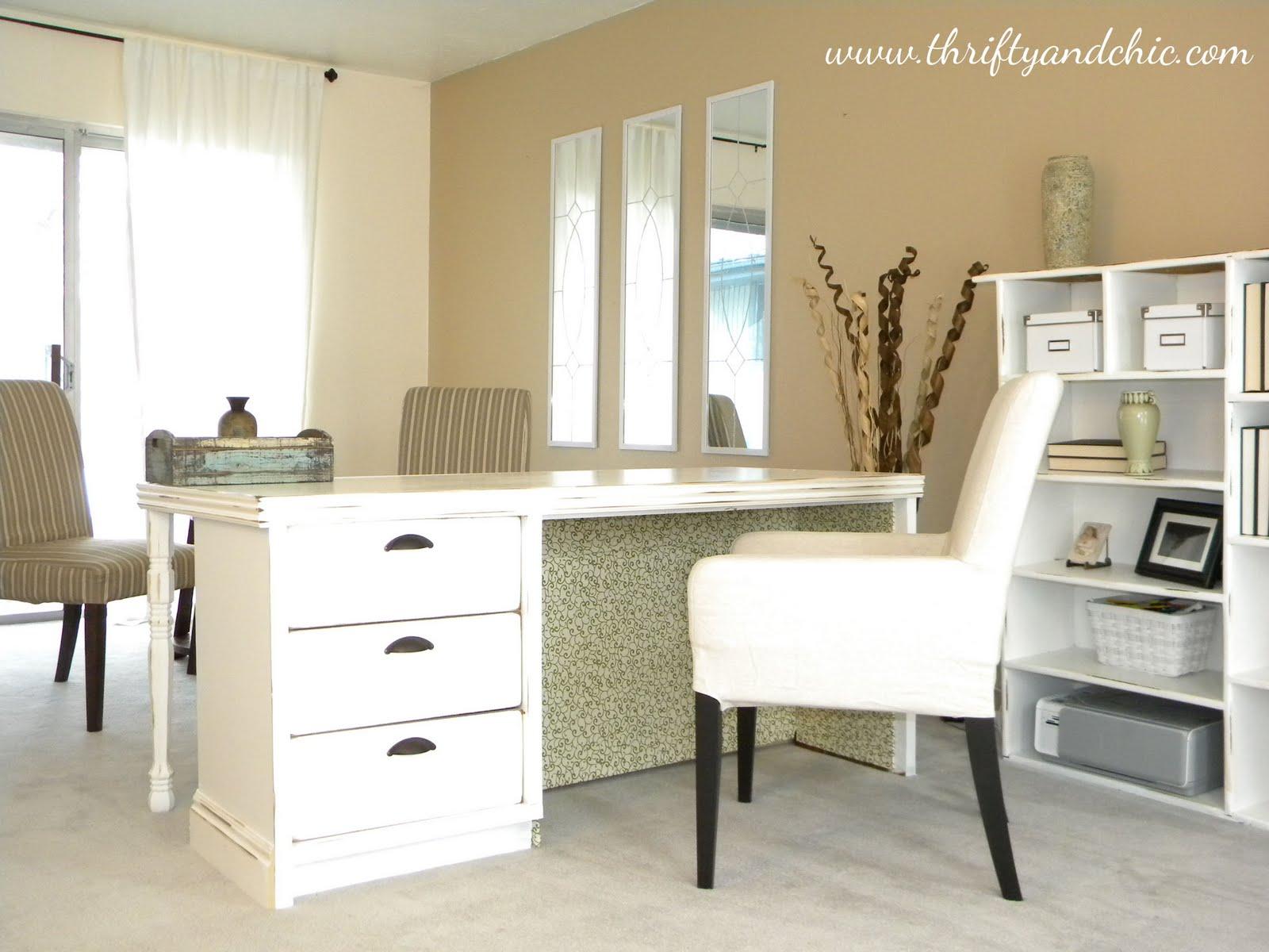 Письменный стол своими руками в домашних условиях