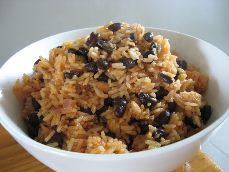 Morsels and Musings: arroz congrí: cuban tomato & black bean rice