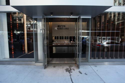 Tourneau exterior design shopfront