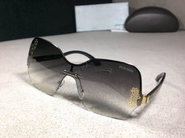 Kacamata Miu Miu 52 Black Rp.180.000