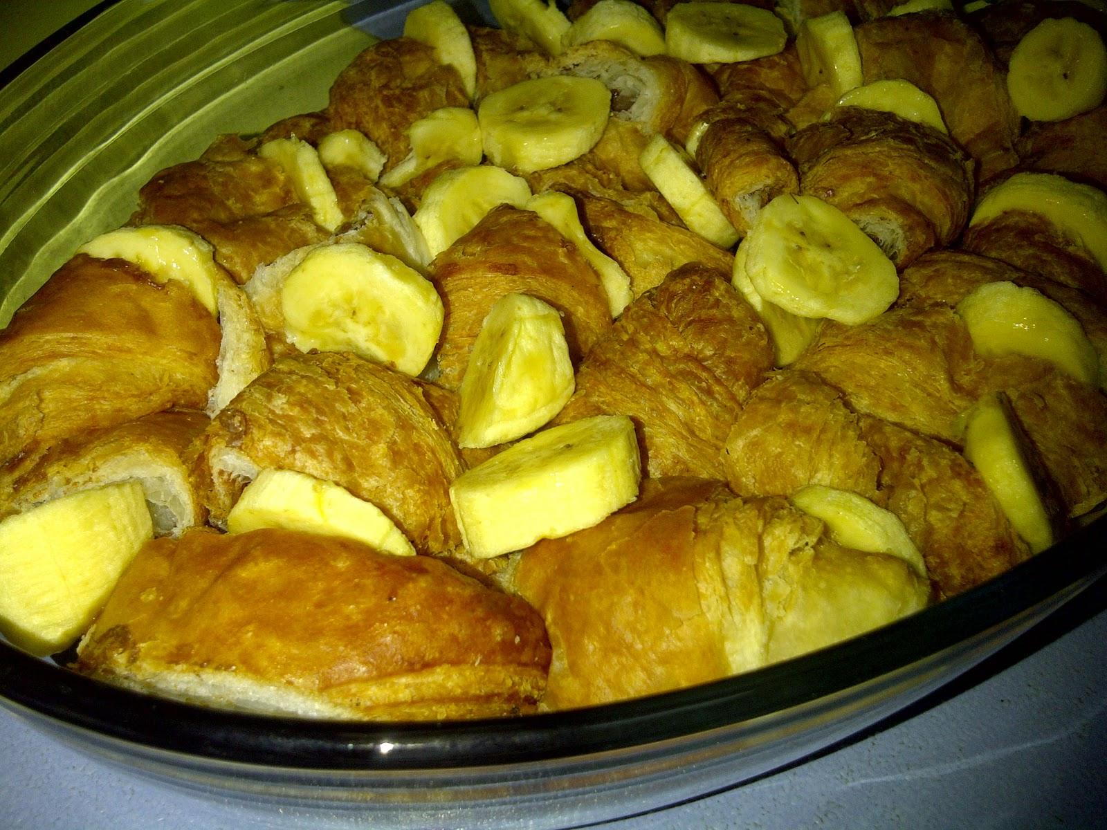 M3rNi3: Banana Nutella Croissant Pudding