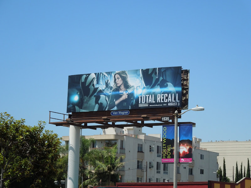 Total Recall Kate Beckinsale billboard