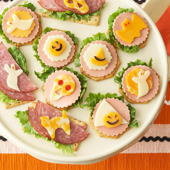Throw a Halloween appetizer party that will make you the most popular house in the neighborhood. Easy Halloween appetizers and quick cocktails are the perfect way to start the spookiest night of the year.