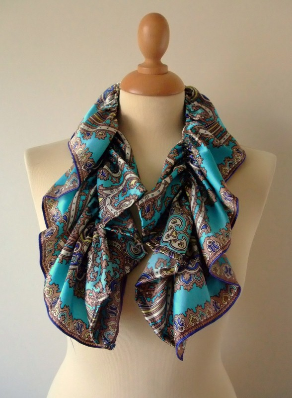 sew 40s ruffle scarf reworked from vintage satin paisley