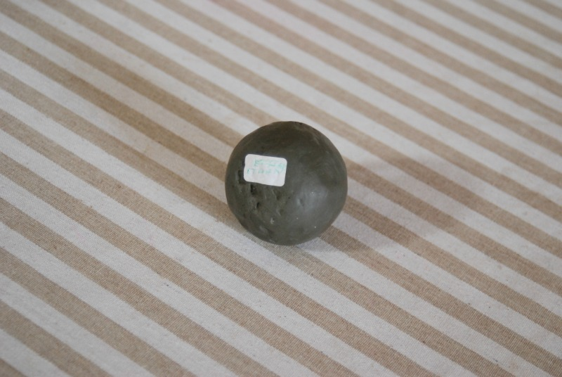 sfera perfetta modellaggio argilla