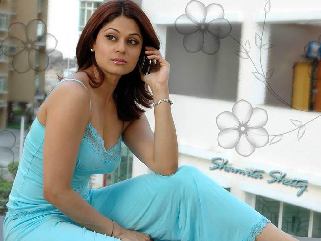 wallpapers Gallery: Actress Shamita Shetty Hot Wallpapers