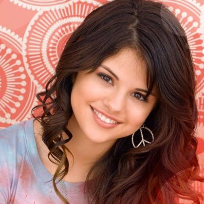 Images Selena Gomez on Selena G  Mez Nominada A 6 Teen Choice Awards   Cotibluemos