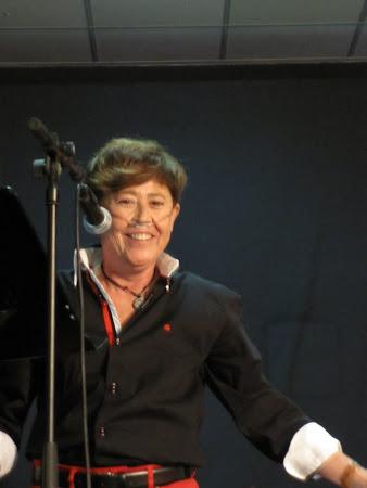 Recitando en el V Encuentro de Poesía en la Red.