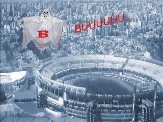 Afiches burlas por el descenso de River Plate