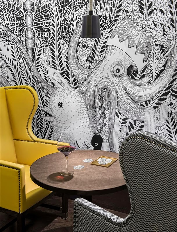 papier peint motif animal fresque fantasmagorique