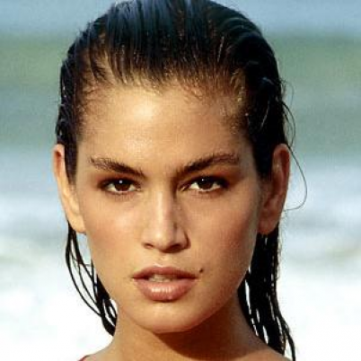 cindy-crawford-young-e1325784789361.png