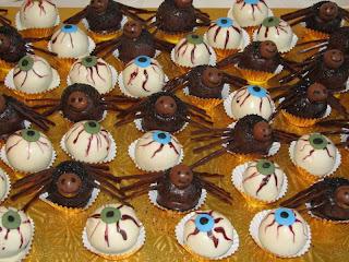 Cool Halloween Cake Balls