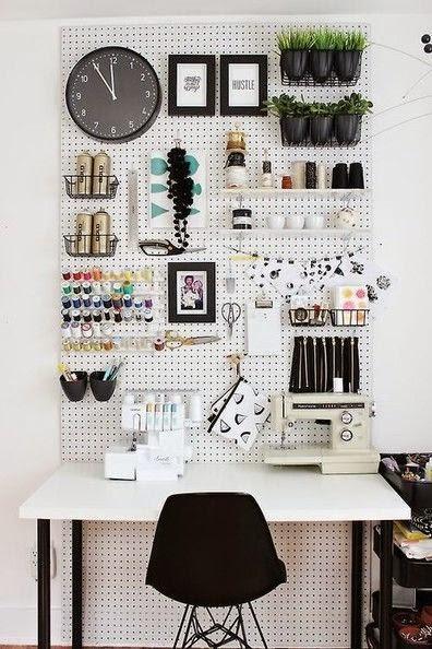 mesa-trabalho-feito-mao-decoracao-organizacao
