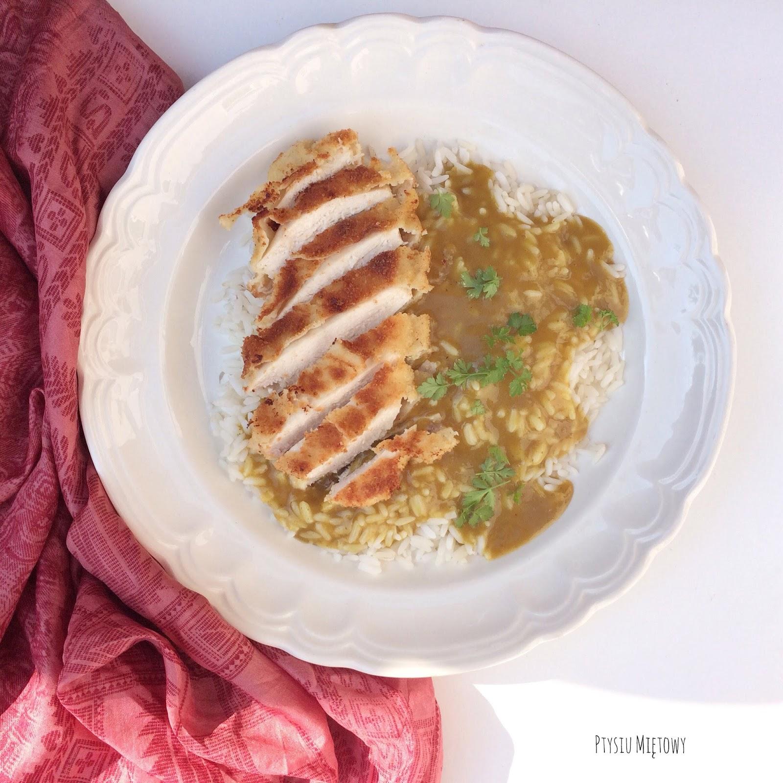 katsu curry piers kurczaka w panierce sos curry ryz panko