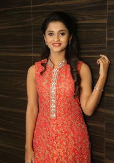 Actress Arthana Latest Stills 4.jpg