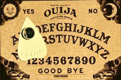 Entrelazados fantasmas - Página 4 Ouija