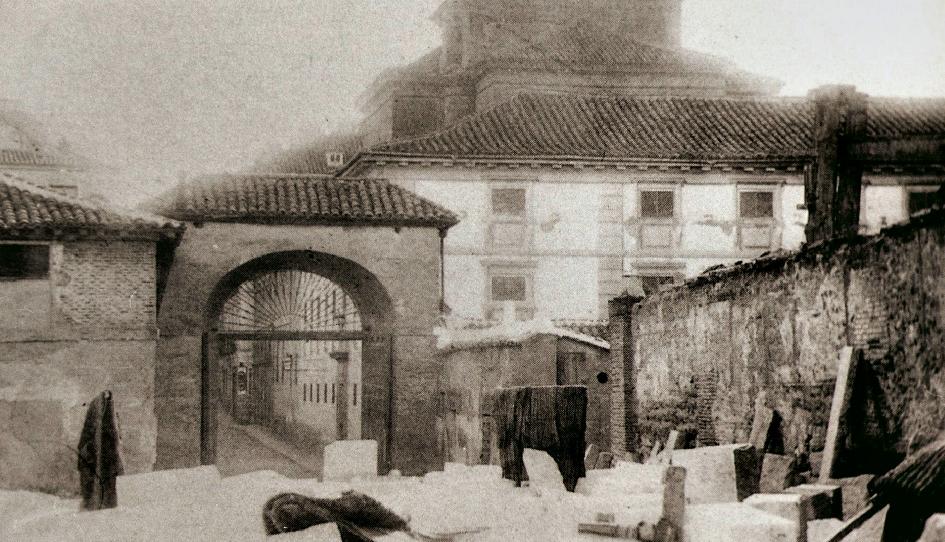 Madrid con encanto iglesia de las maravillas y plaza del for Calle prado de la iglesia guadarrama