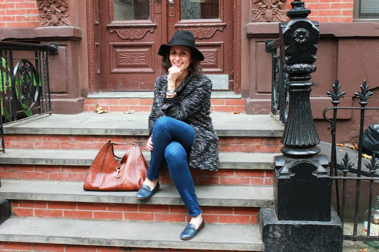 Le Cheap C'est Chic Brooklyn stoop
