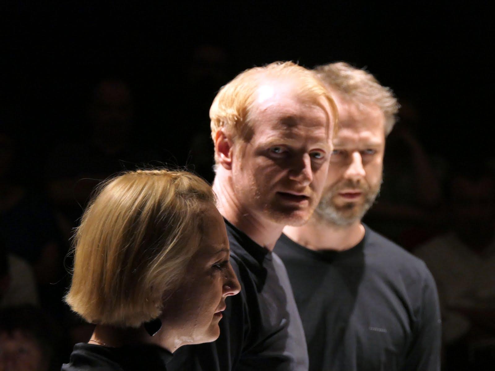 Hamlet – Unteatru (RO)