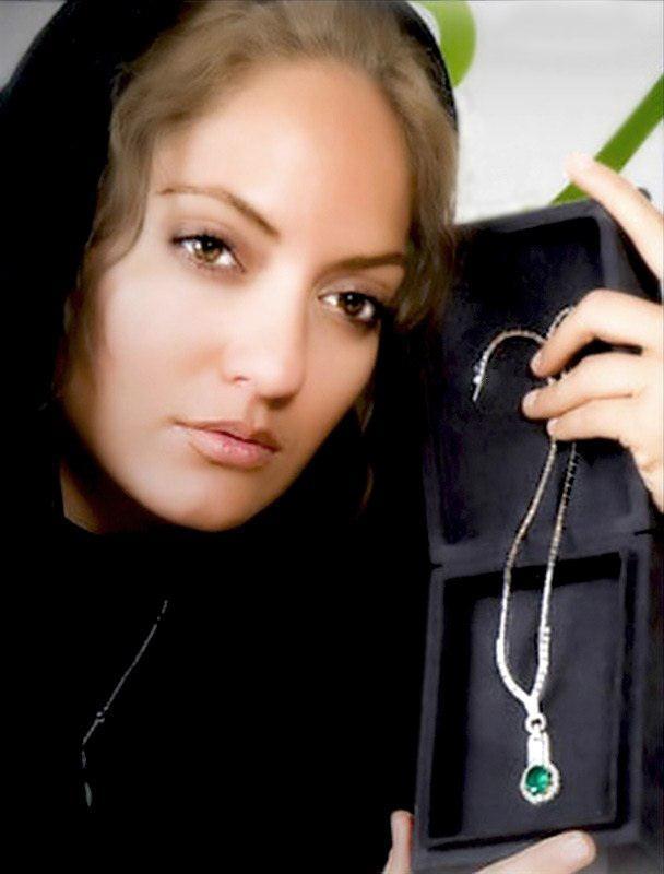 sexy-bild-von-mahnaz-afshar