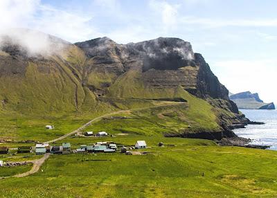 Vila Gásadalur - Ilhas Faroé - Dinamarca