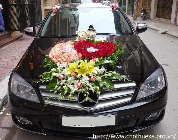 Cho thuê xe cưới hạng sang Mercedes E200