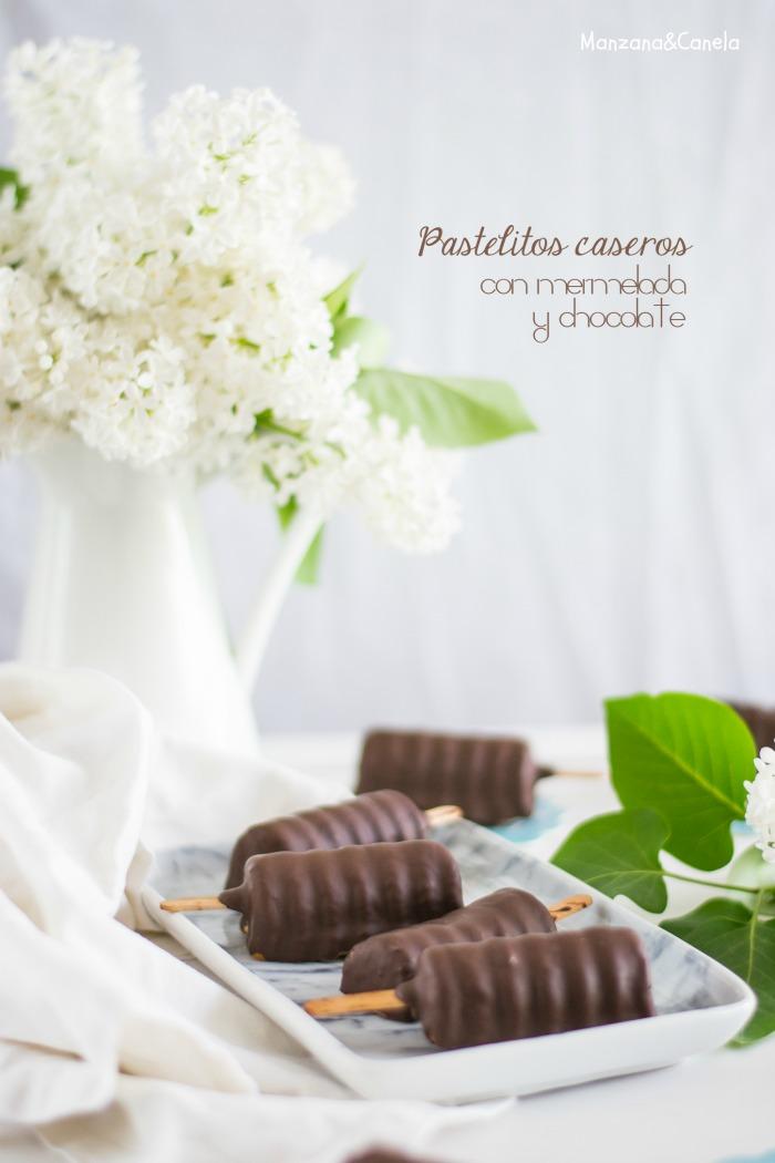 Pastelitos caseros con mermelada y chocolate