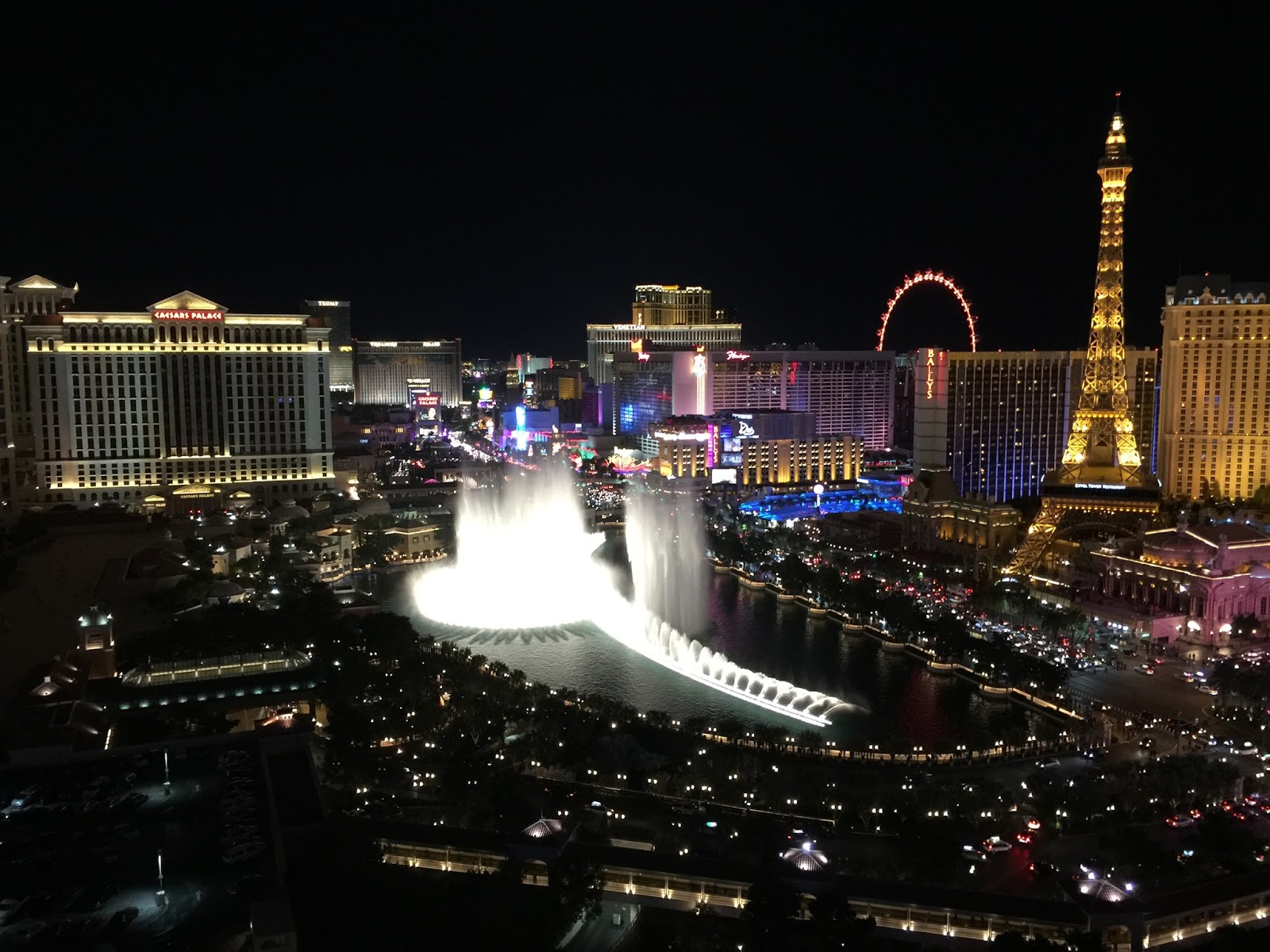 Las vegas daze december 2015 for Terrace one bedroom fountain view