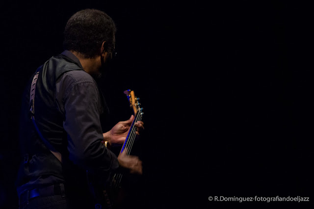© R.Domínguez -  Stanley Clarke Band